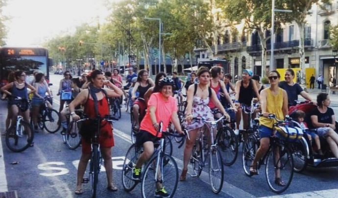 Pedalada a Barcelona Font: Massa crítica Barcelona
