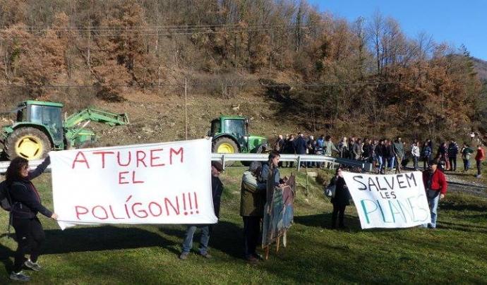 Mobilitzacions per la defensa de les planes agrícoles i fluvials del Ripollès  Font: Plataforma Aturem el polígon de Les Llosses