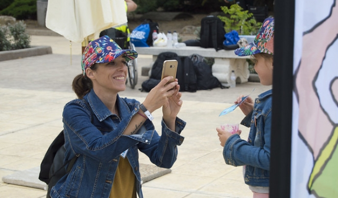 La festa solidària contra el càncer infantil és un esdeveniment obert a totes les edats. Font: AFANOC Tarragona