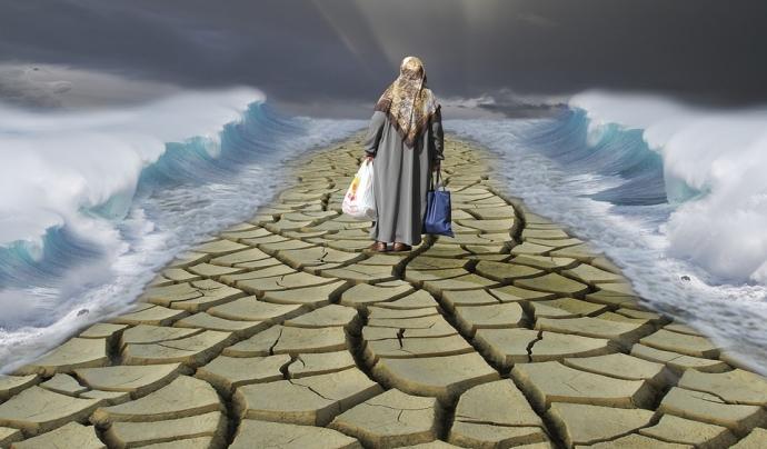 Il·lustració d'una refugiada fugint de la guerra