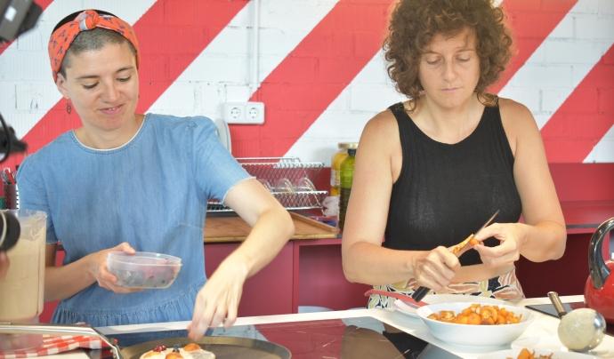 Carolina Zerpa, a la dreta; Marta Solans, a l'esquerra Font: Sira Jodar