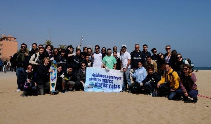 El Vermut Solidari, un acte que es va celebrar la primavera a Barcelona Font: Surfrider