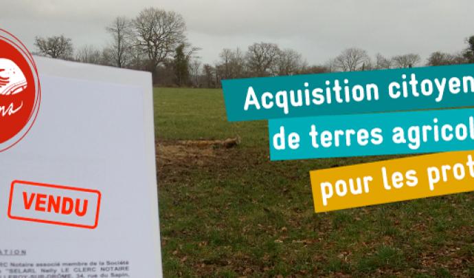 L'Associació francesa Terre de Liens ha mobilitzat molts ciutadans i ciutadanes en la compra de terres per a llogar-les a la nova pagesia ecològica que té dificultats d'accés a la terra  Font: Terre de Liens
