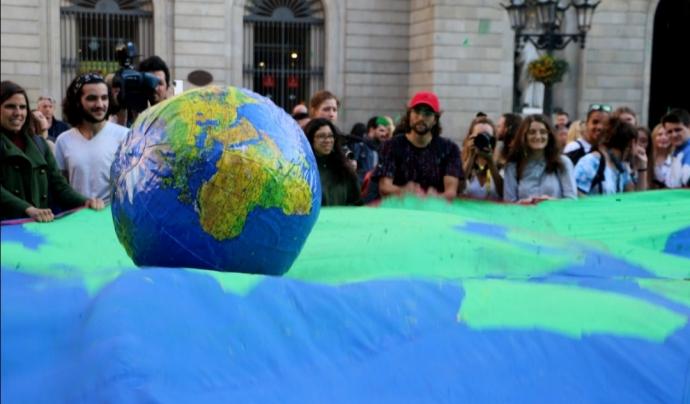 La Vaga pel Clima està convocada pel 27 de setembre a ciutats de tot el món  Font: Shall_ on flickr