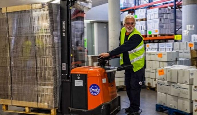El Banc dels Aliments de Barcelona segueix en marxa tot l'estiu i necessita voluntariat per al magatzem. Font: Banc dels Aliments Barcelona