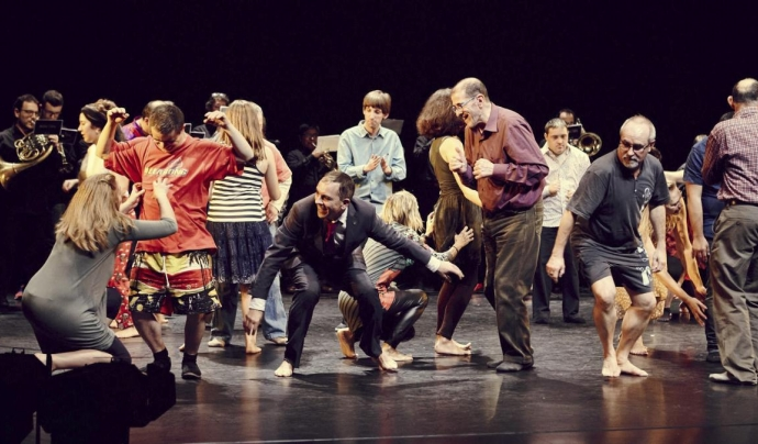 Un dels espectacles de 'Barris en dansa' Font: La Caldera