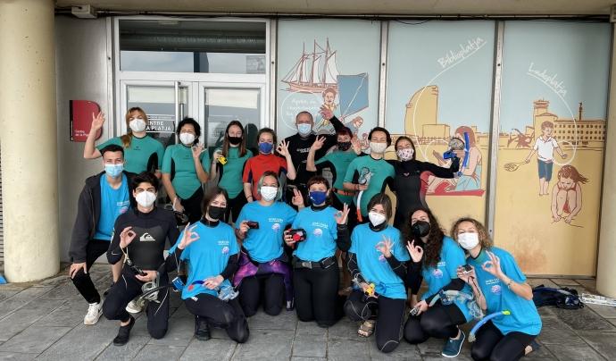 Imatge de les persones participants en la primera activitat de la BioMarató 2021. Font: Twitter: @anellides