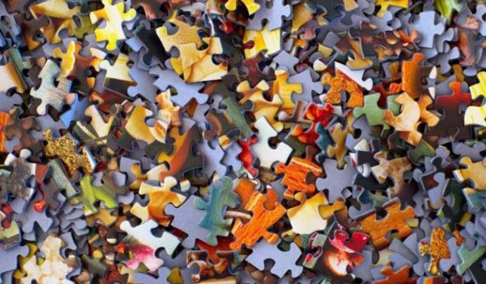 Peces puzzle Font: EEV