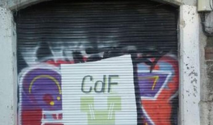 El local on s'instal·la Caixa d'Eines i Feines era una lampisteria de barri. Font: Caixa d'Eines i Feines