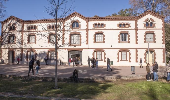 La seu principal de la Fundació Llindar es troba al parc de Can Mercader.