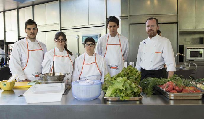 El restaurant fomenta la contractació i inclusió de persones amb discapacitat. Font: Canonge