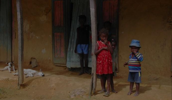 La gent d'Haití viu en habitatges molt poc estables. Font: Endavant Haití