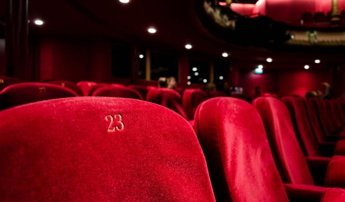Els cineclubs donen a conèixer un cinema més compromés i reivindicatiu. Font: Unsplash. Font: Font: Unsplash.