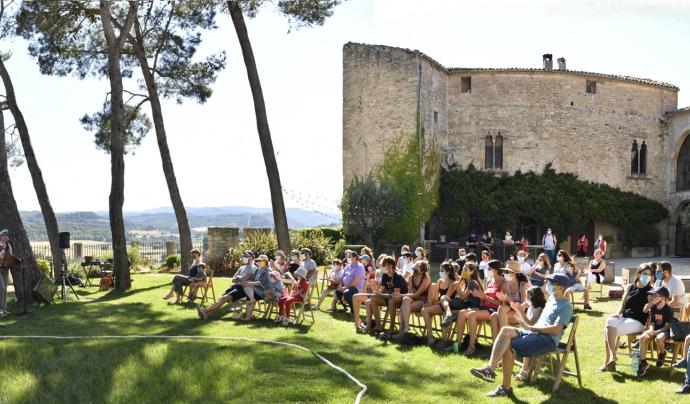 Sant Martí de Tous es prepara per acollir una trentena de propostes artístiques a diversos escenaris del municipi. Font: Joan Solé.