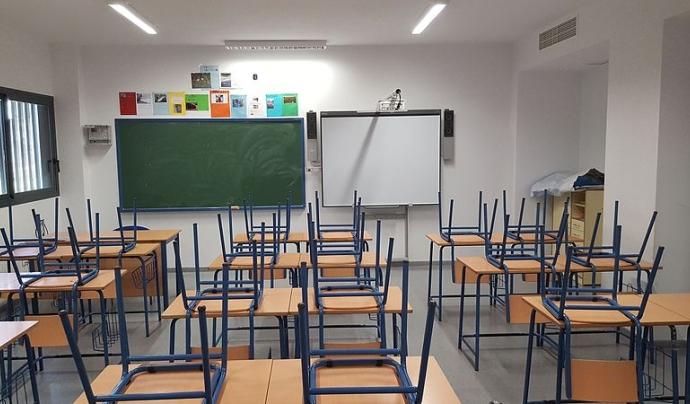 Les escoles afronten el repte de tornar al setembre i garantir l'educació per a tothom respectant les distàncies. Font: Wikimedia Commons