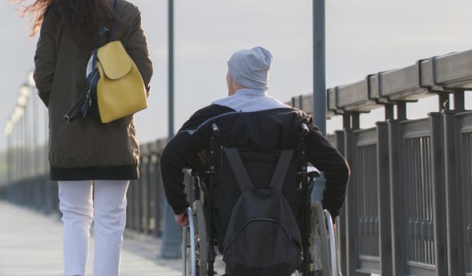 El congrés remarca que els canvis d'accessibilitat per les persones amb discapacitat millorarien la movilitat de tota la ciutadania. Font: Cocemfe. Font: Font: Cocemfe.