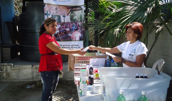 Consulta mèdica a El Salvador.