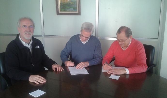 Signatura convenir Conex-Llars Compartides Font: