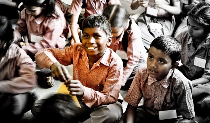 Les ONG internacionals aprofiten el Giving Tuesday per captar fons.