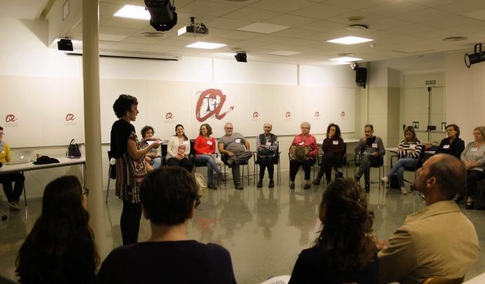 També treballen per al desenvolupament de projectes amb impacte social. Font: El Far. Font: Font: El Far.
