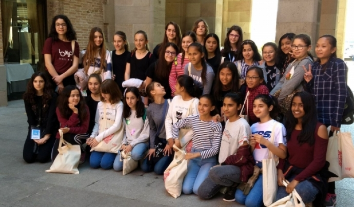 30 nenes del Technovation Challenge de Barcelona visiten l'empresa Letgo