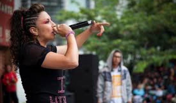 Diana Avella, artista de hip hop que tracta els drets de les dones