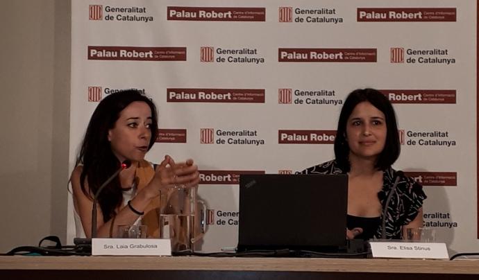 Laia Grabulosa, directora de La Confederació, a l'esquerra de la imatge. Font: Twitter