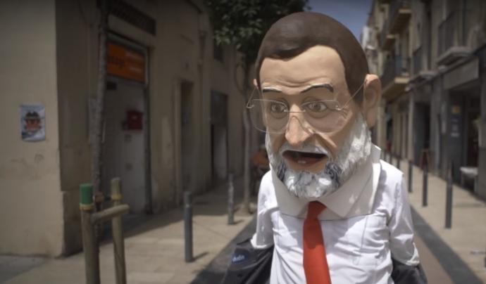 """Doble de Rajoy de la campanya """"Bloquejats""""."""