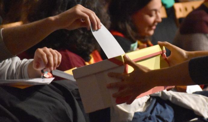 Votacions amb urna a l'AGO de Minyons Escoltes i Guies de Catalunya Font: Minyons Escoltes i Guies de Catalunya