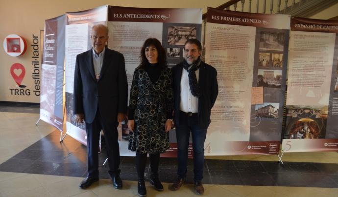 El president de l'Ateneu de Tàrrega, l'alcaldessa de Tàrrega i el president de la Federació d'Ateneus Font: Xavier Playà