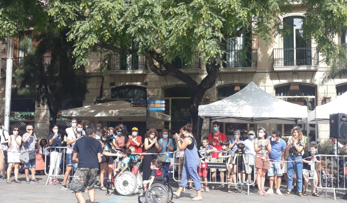 La primera cursa per a infants amb mobilitat reduïda de l'agost va formar part de les 432 Festes de Sant Roc, al barri Gòtic de Barcelona. Font: María Isabel Vergara