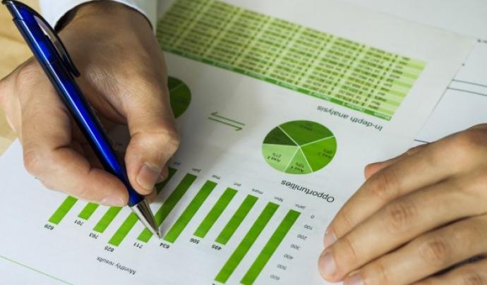 El funcionament del mercat energètic és un dels factors que incideix en  la pobresa energètica (imatge: ecoserveis.net)