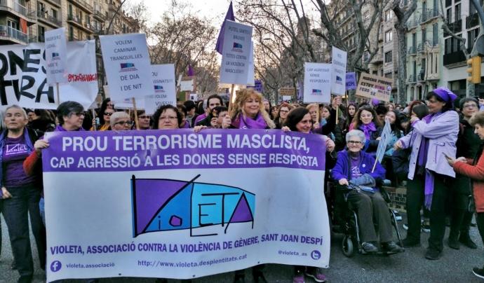 Concentració contra la violència de gènere Font: Associació Violeta