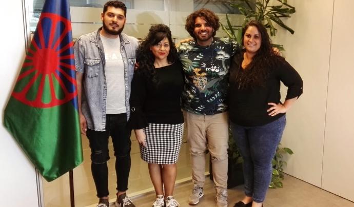 Membres d'un Grup d'Accés a la Universitat per a gitanos i gitanes