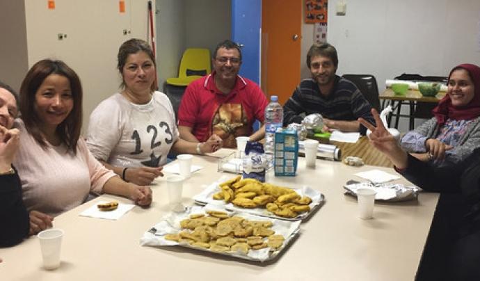 Participants a l'Escola de Pares i Mares Font: Fundació Social del Raval