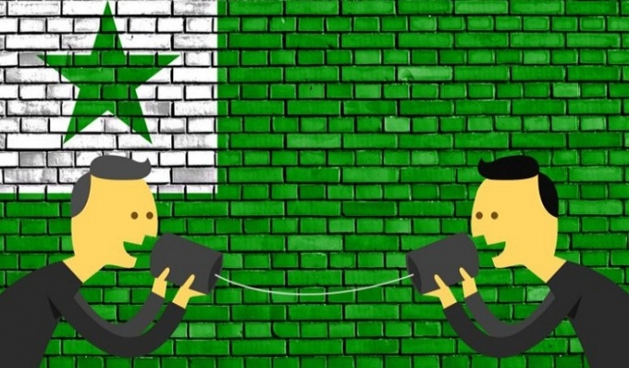 La bandera de l'esperanto té una estrella de cinc punxes que representen els cinc continents del món. Font: Idioma-Esperanto. Font: Idioma-Esperanto