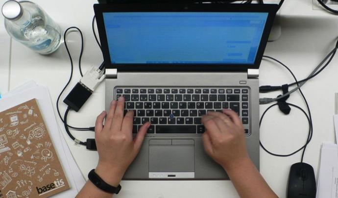 Programa de formació en TIC per a ONG Font: BaseTis