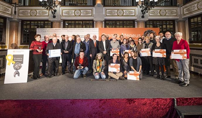 Foto de família dels guanyadors de la gala. Foto: Toni Galitó / FAC