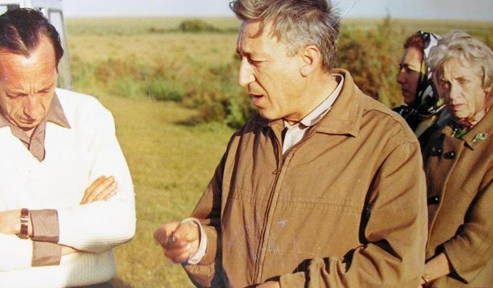 """La defensa de Doñana, gràcies a la passió de Tono Valverde i WWF, al film """"El hombre que salvó el paraiso"""" (imatge: facebook/elhombrequesalvóelparaiso)"""