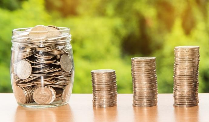 El blog 'Diners a contrallum' serà un espai de pensament crític al voltant de les finances. Font: Pixabay