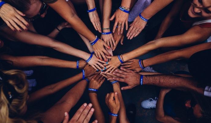 ACFAMES va néixer el 1999 de la necessitat d'unió de persones amb familiars amb esquizofrènia.  Font: Unsplash