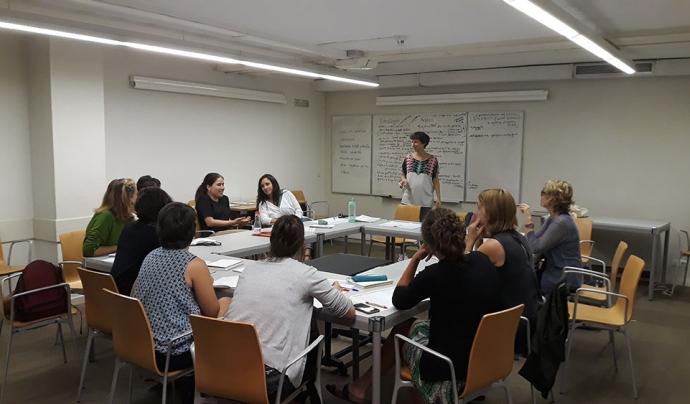 Sessió d'elaboració de la Guia per incorporar la perspectiva feminista a les cooperatives Font: Almena feminista