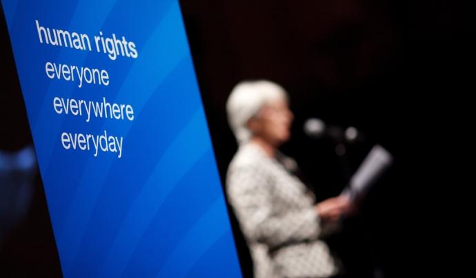 La indústria de la seguretat privada vulnera els drets humans, segons la xarxa.