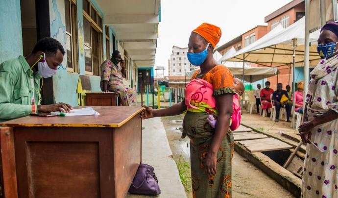 La pandèmia afectarà especialment a les dones en edat reproductiva. Font: PMA/Damilola Onafuwa (ONU)