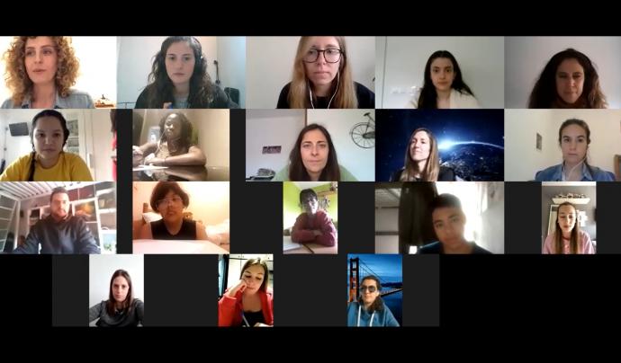 Taller virtual d'emocions dirigit als tàndems i impartit per una voluntària de l'AFEV. Font: AFEV