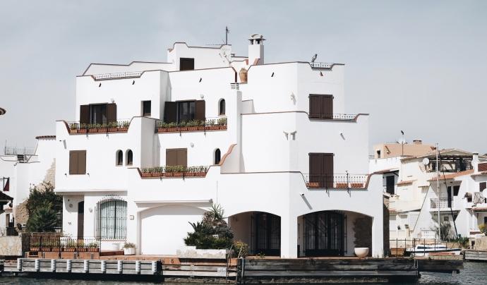L'arquitectura d'Empuriabrava, única. Font: Canalitzem