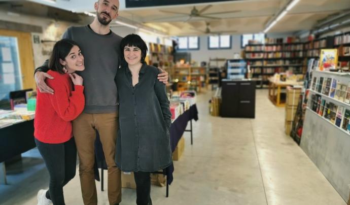 De esq. a dta.: Irene Jaume, Rodrigo Laviña i Anun Jiménez, socis de la cooperativa La Ciutat Invisible Font: La Ciutat Invisible