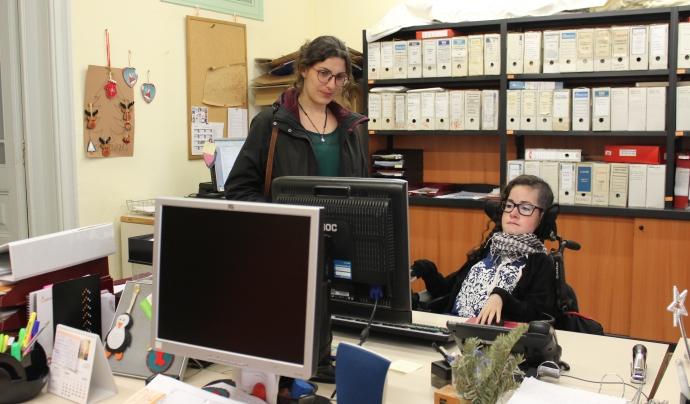 Neus Miró i Núria Grau a la seu d'ECOM