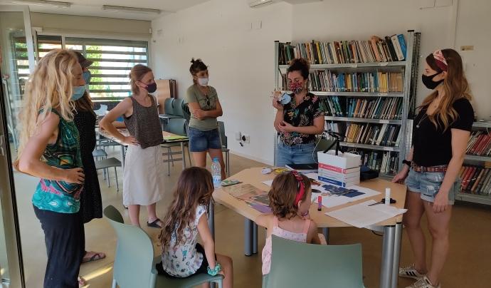 El projecte és impulsat per l'associació Animal Latitude i gestionat per un grup de biòlogues i artistes que organitzen exposicions, tallers i itineraris. Font: Desperta! Art i Natura