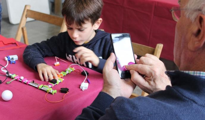 Activitat de robòtica educativa a la FESC 2016 Font: El Teb